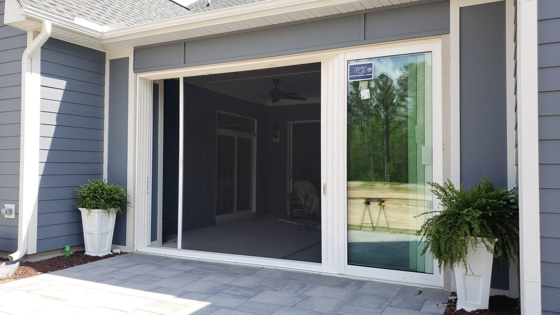 bi-fold door screen