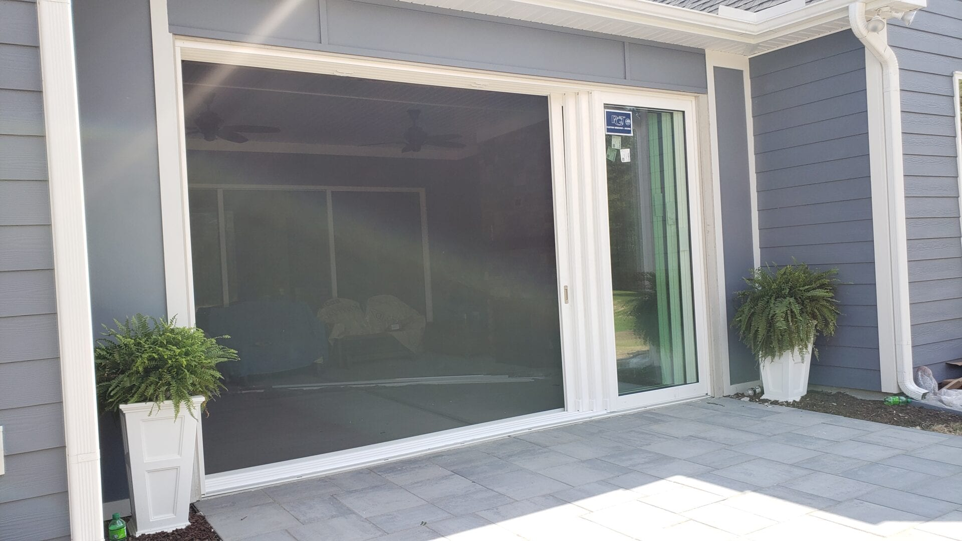 bi-fold door screen